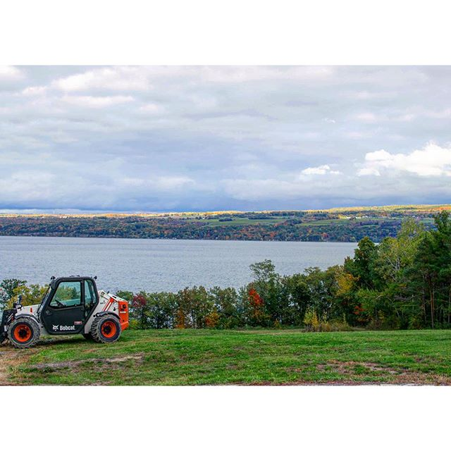 Even without vines in the picture, Finger Lakes is still beautiful. Tractor art.  |