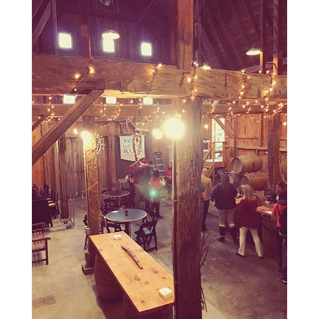 @foxrunvineyards really decked the halls for Seneca Lake Wine Trail's event this weekend! Loved seeing all the wineries and guests decked out! 🏻